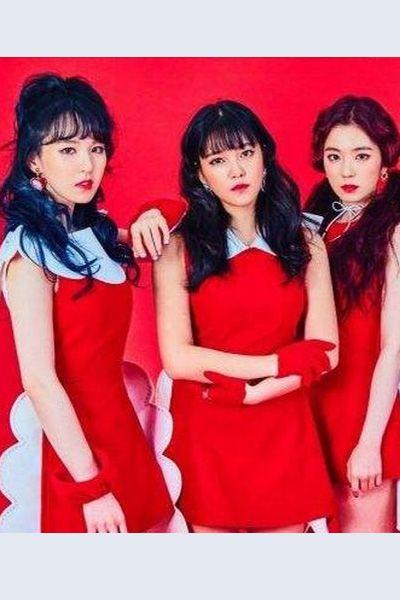 red velvet rookieMV出演制服衣装