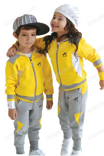 子供パーカー私服
