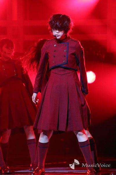 欅坂46 不協和音 紅白衣装